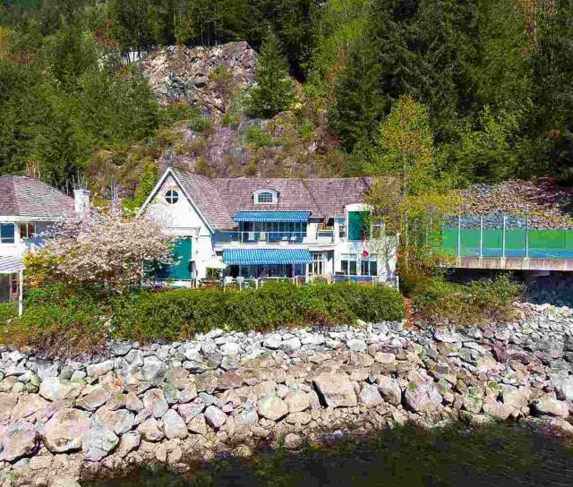 16 Ocean Point Drive, Howe Sound, West Vancouver 2
